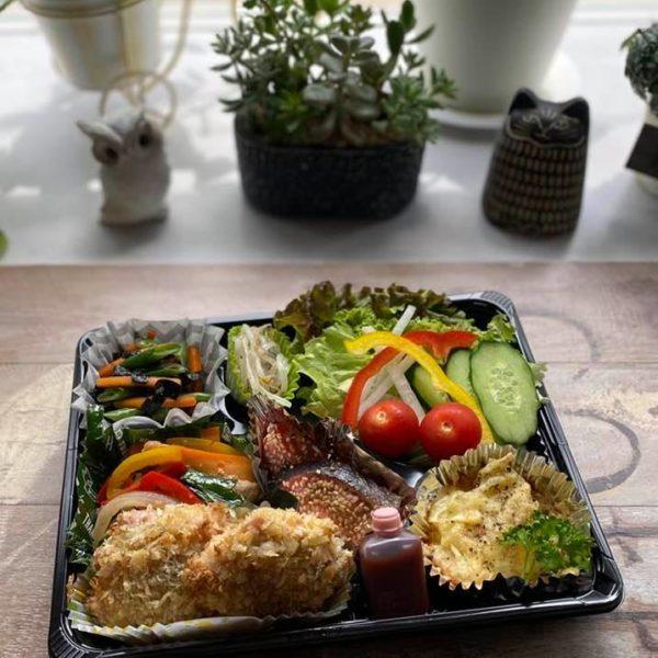 6月4日、アスリートの健康を支える食事をお届け(ビタミンB1、B6、C、D、鉄の たっぷり入ったお弁当)